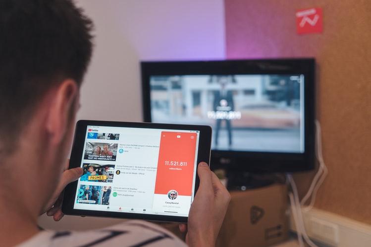 Hoeveel geld verdienen Youtubers?